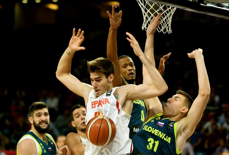 Košarkaška reprezentacija Slovenije, Košarkaška reprezentacija Španije
