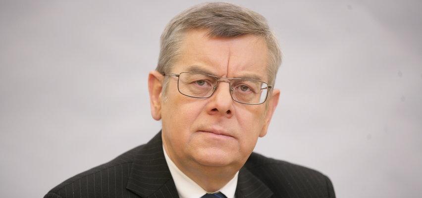 Prof. Nałęcz dla Faktu: Symboli narodowych nie należy ruszać