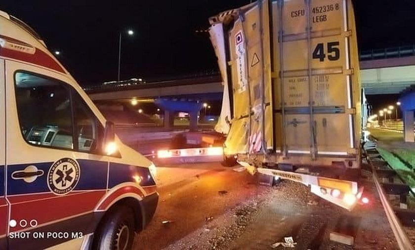 Zderzenie ciężarówek na obwodnicy Trójmiasta.