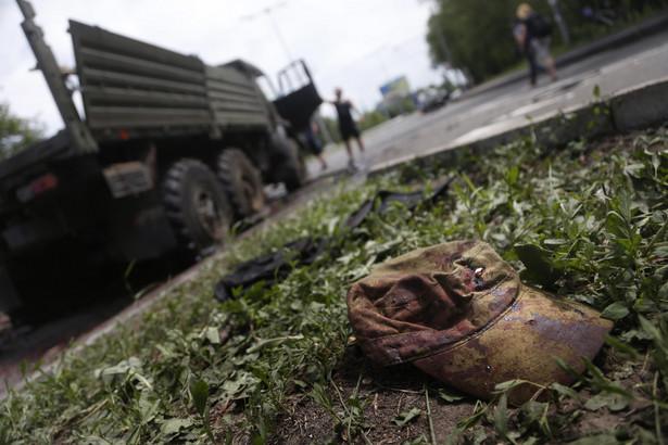 We wschodniej Ukrainie toczy się wojna - przekonuje ukraiński prezydent-elekt EPA/MAXIM SHIPENKOV