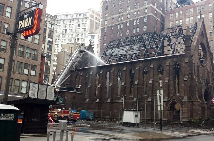 crkva poŽar njujork profimedia-0283199070