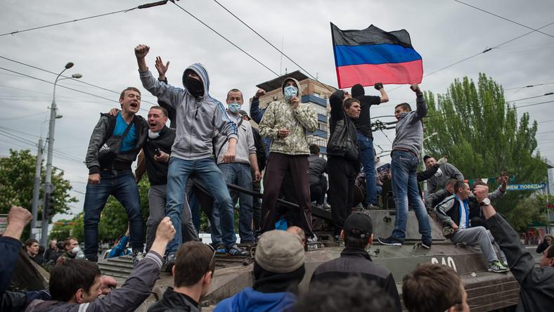 Prorosyjscy separatyści na wiecu