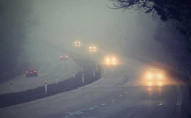 Na wschodzie kraju przejściowo możliwe marznące opady deszczu powodujące gołoledź