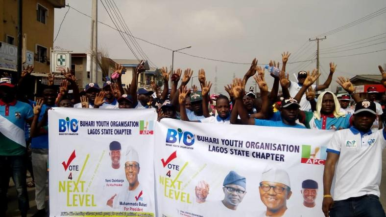 Buhari Youth Organisation, Lagos State Chapter, One of the groups participating in the Agboyi-Ketu Walk for All APC Candidates held in Lagos on Saturday (NAN)