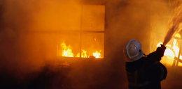 Żędowice. Dziadek podpalił dom, w którym spały jego wnuki?!