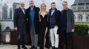 """Jennifer Lawrence broni sukienki, w której promowała film """"Czerwona jaskółka"""""""