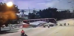 Trzech motocyklistów zabitych przez linę holowniczą. Nagranie przeraża