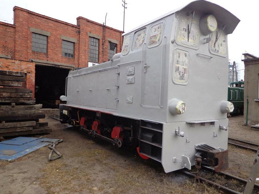 Miłośnicy kolei tchnęli nowe życie w wąskotorową lokomotywę