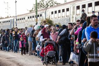 Błaszczak: Karanie V4 za nieprzyjmowanie uchodźców jest bezpodstawne
