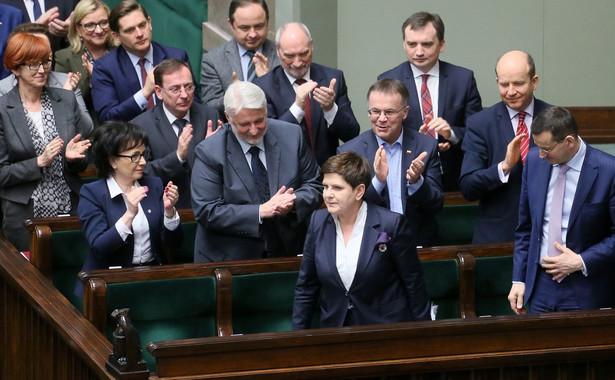 Na przełomie maja i czerwca krakowska prokuratura, prowadząca śledztwo w sprawie wypadku z udziałem premier Beaty Szydło przesłucha dwóch funkcjonariuszy BOR