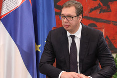 Aleksandar Vučić, Aleksander Van der Belen, Palata Srbija