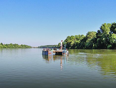 Ovde se nalazio pontonski most oko koga je vođena najveća borba