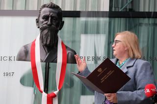 Przy wejściu do Sądu Najwyższego odsłonięto popiersie Stanisława Pomian-Srzednickiego