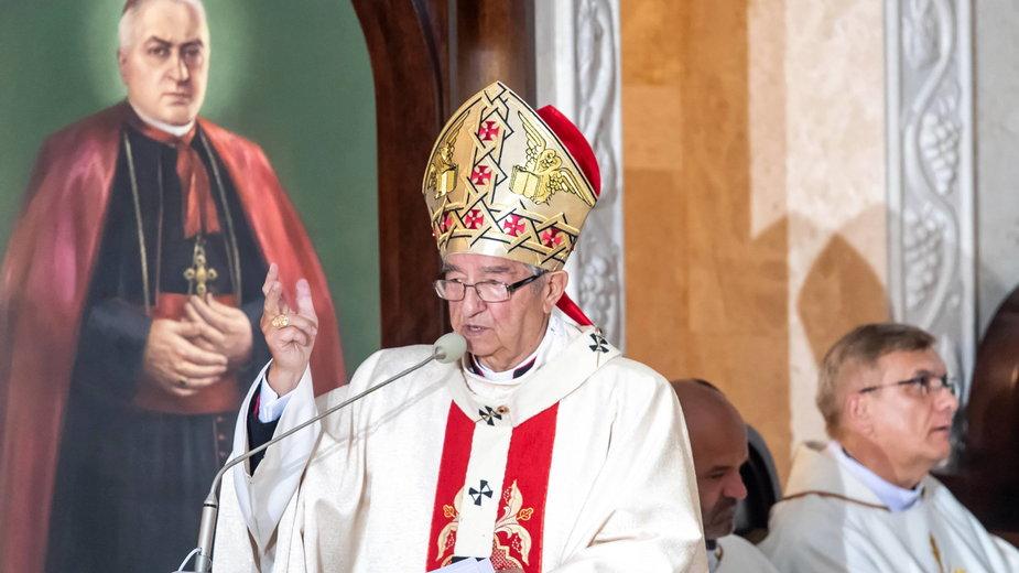Abp. Sławoj Leszek Głódź podczas mszy w Toruniu w 2020 r.