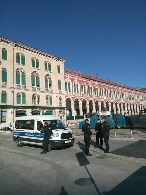 Policija na ulicama Splita