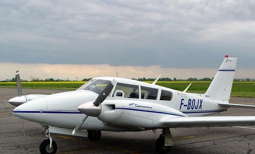 Piper PA-30.