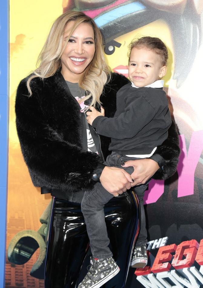 Naja Rivera sa sinom