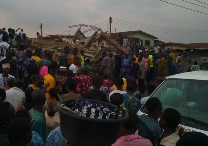 The crowd who visited the site of a building collapse in Ibadan, Oyo State, were helpless in the absence of emergency tools to help rescue the victims The Nation