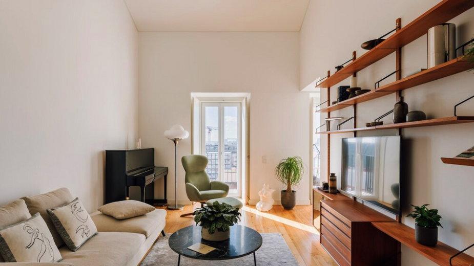 Dwupoziomowy apartament w Portugalii, proj. Lola Cwikowski