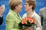 Angela Merkel i Anegret Kramp Karenbauer EPA Clemens Bilan
