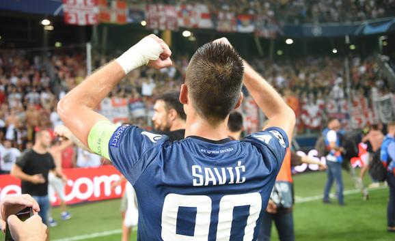Vujadin Savić slavi ulazak u Ligu šampiona
