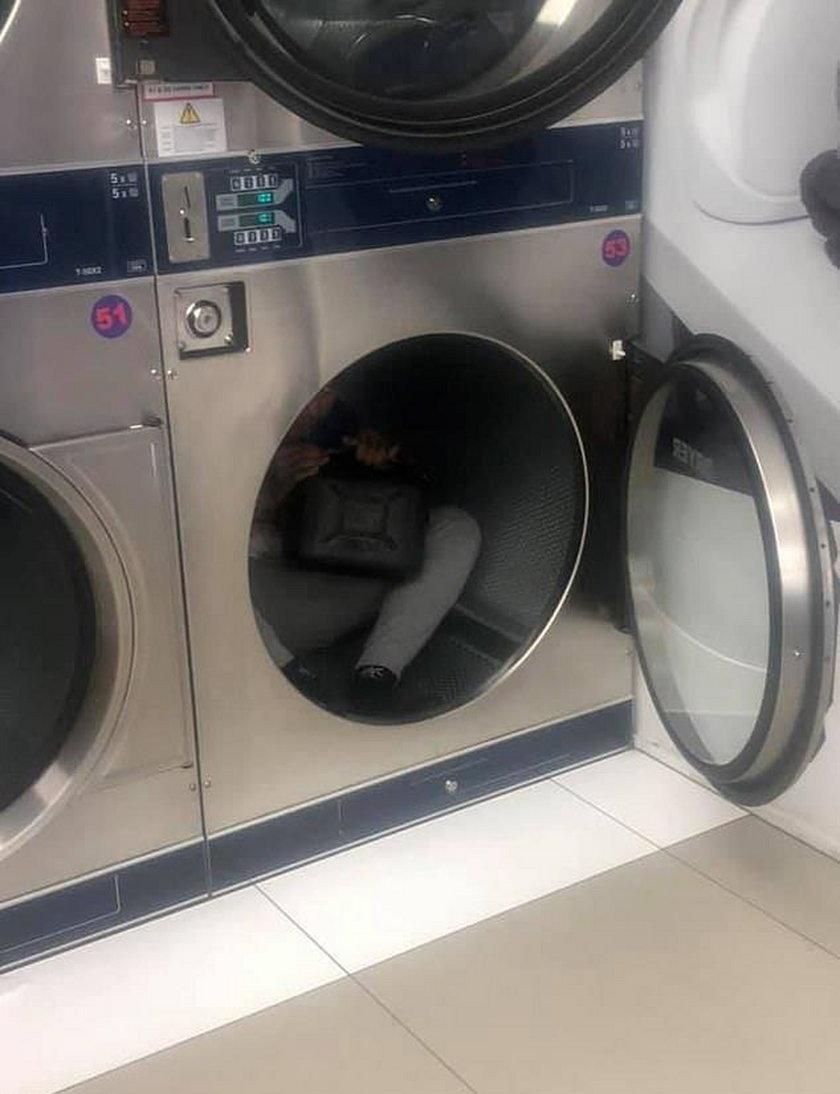 Dziecko w pralce