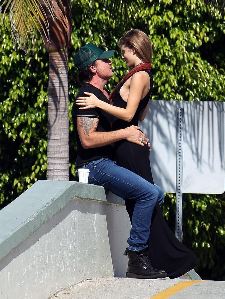 Anna Lynne McCord i Dominic Purcell
