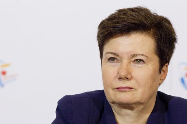 """Hanna Gronkiewicz-Waltz uważa, że """"Jarosław Kaczyński zrobił słodkie wyznanie, że na pewno nie wyjdziemy z Unii Europejskiej, ale za chwilę pewnie doda, że UE powinna być taka i taka, a jeśli nie będzie taka, jak my sobie życzymy, to wtedy to kwestia dyskusyjna""""."""