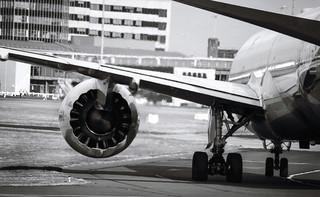 Silniki dreamlinerów LOT do wymiany. Jak to wpłynie na bezpieczeństwo pasażerów?