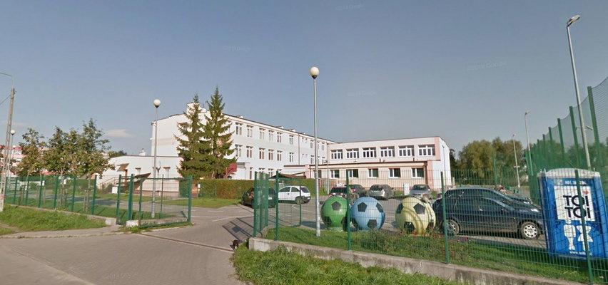 Dziewczynki mają się zakrywać w szkole od stóp do głów, żeby nie kusić chłopców? NOWE FAKTY o skandalu w Gdańsku
