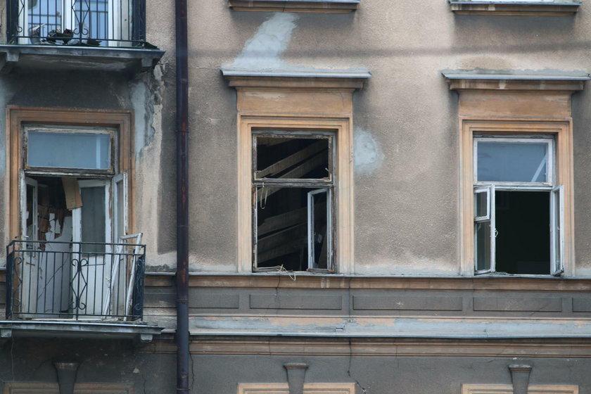 Zawalił się strop kamienicy w Lublinie. Pod gruzami jest mężczyzna