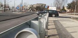 Sosnowiec: barierki zasłaniają drogę kierowcom