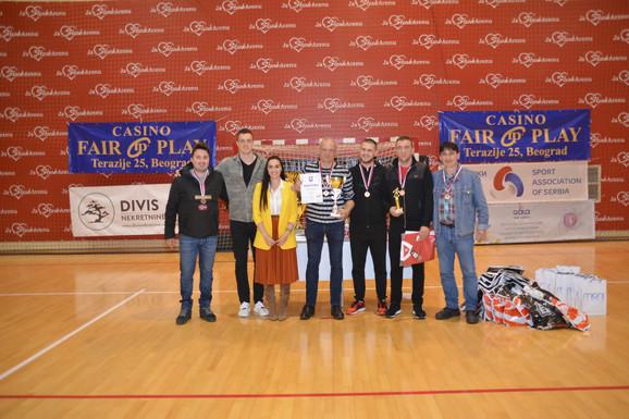 Trećeplasirani tim Futsal Zlatne lige - Ekipa Pruge