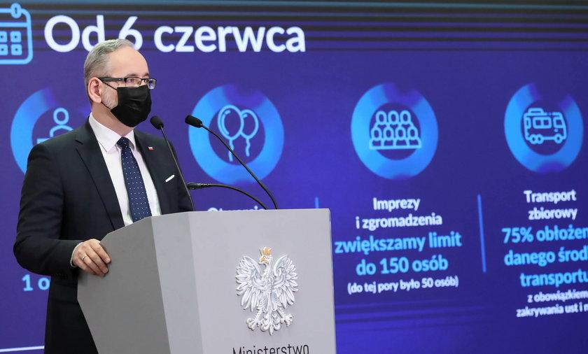 Minister zdrowia ogłosił nowe obostrzenia.