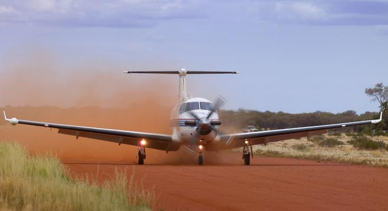 Thieves break Into plane and steal money