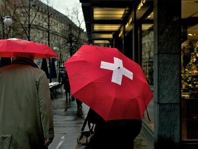 Rentowność wszystkich szwajcarskich obligacji rządowych, nawet 50-letnich, spadła niedawno poniżej zera