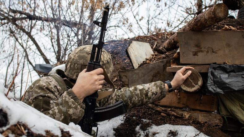 Ukraiński żołnierz w Donbasie