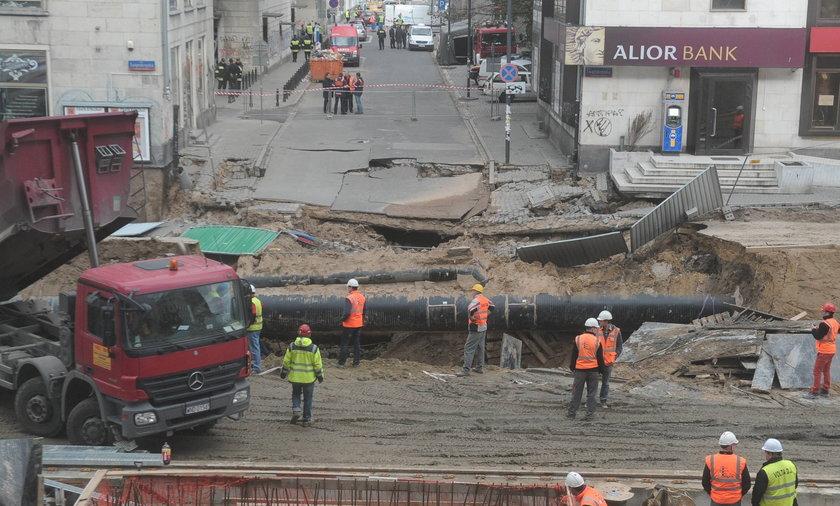 Zapadła się ziemia na budowie drugiej linii metra.