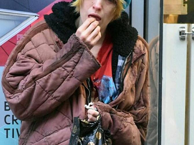 Važila je za IKONU LEPOTE I STILA: Sada je na ulici snimljena u OVOM IZDANJU i baš niko je nije prepoznao