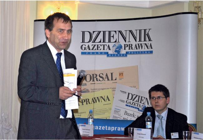 Od lewej: Włodzimierz Dzierżanowski, prezes Grupy Doradczej Sienna, specjalizującej się w zamówieniach publicznych i Grzegorz Olechniewicz, doradca ds. optymalizacji zakupów