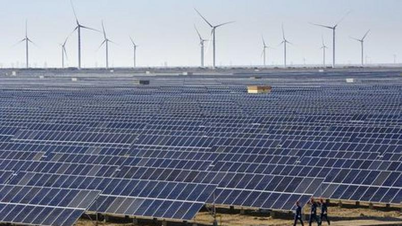 South Africa plans to build 1,500 MW solar park