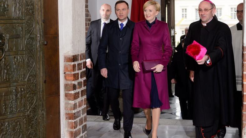 Andrzej Duda z małżonką oraz abp Wojciech Polak