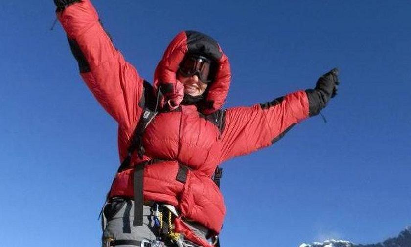 Maria Strydom na szczycie Everestu