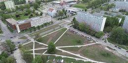Dziki parking na Sanockiej to teraz zielony park dla mieszkańców!