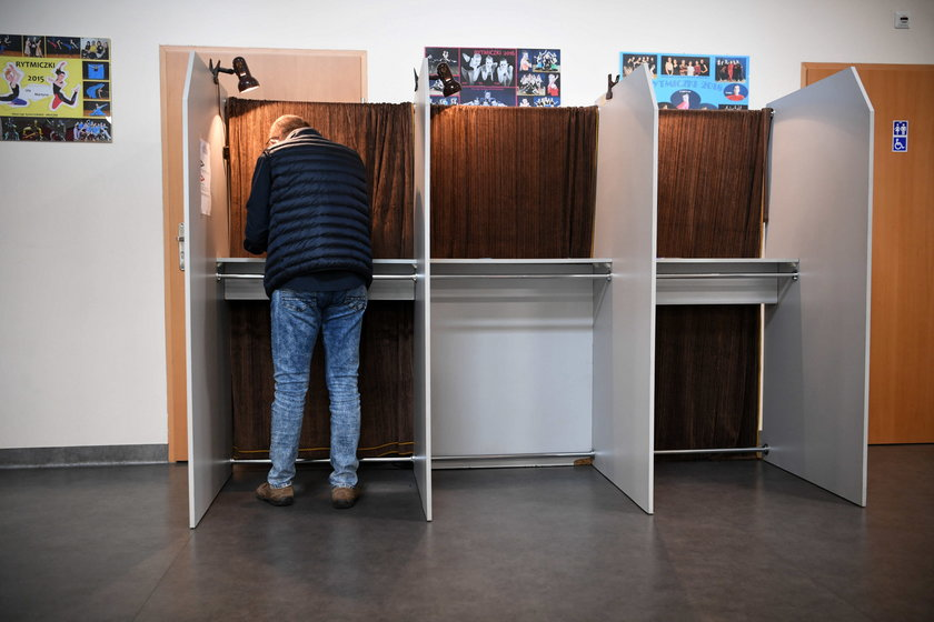 O godz. 21.00 w Rzeszowie zakończyło się głosowanie na prezydenta miasta