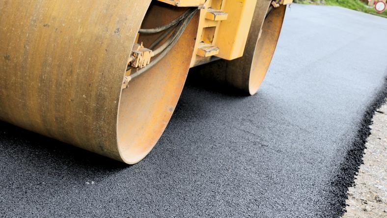 Prace związane są z remontem nawierzchni dróg