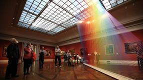 Zdumiewająca tęcza, która przyciąga do muzeum tysiące zwiedzających