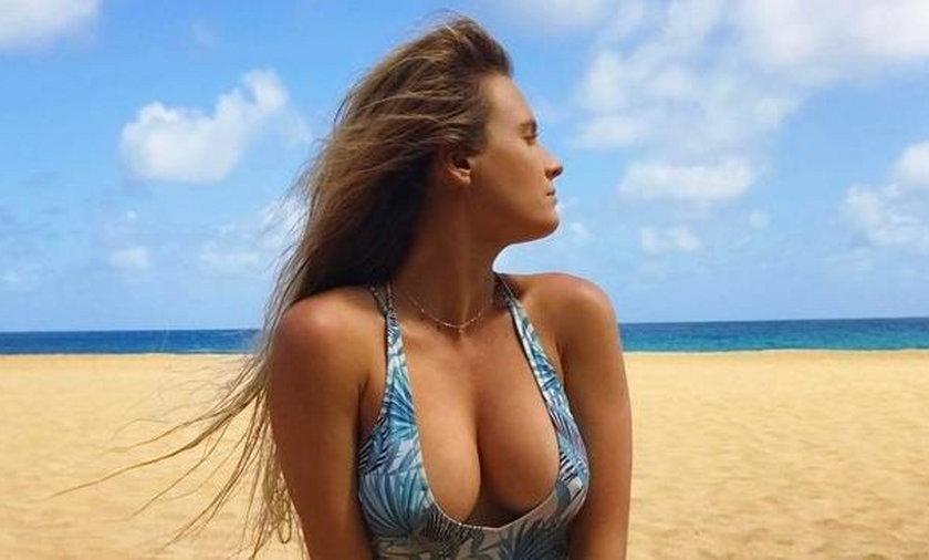 Seksowna surferka z Hawajów
