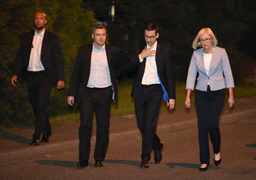 Na miejscu jest premier Morawiecki