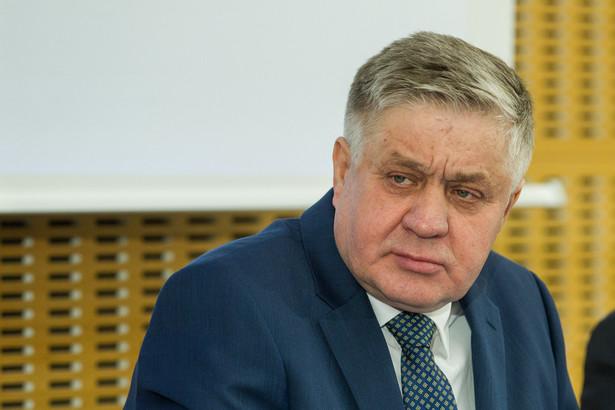 """Jurgiel poinformował, że ministerstwo przygotowało kolejną specustawę, które będzie nakładała dalsze obowiązki na Polski Związek Łowiecki, """"ale będą wprowadzane też inne rozwiązania"""""""